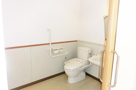 しおやさきトイレ